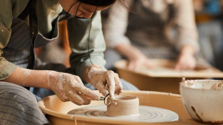 """Oferta Fundacji """"FOOD THINK TANK"""": Warsztaty ceramiczne"""