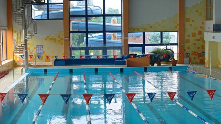Place zabaw – wkrótce otwarte. Co z basenami?
