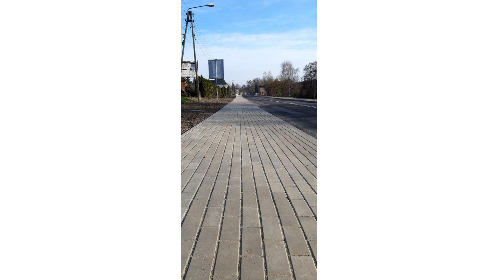 Chodnik przy Rydułtowskiej w Radlinie gotowy